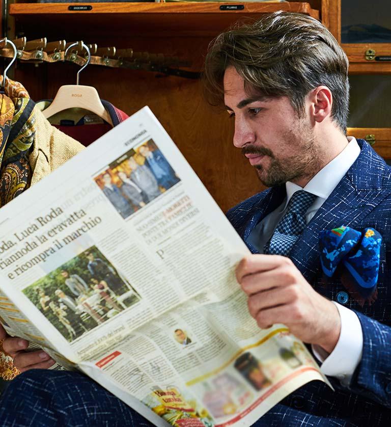 ed16899a37f0 Roda Italy Abbigliamento In Uomo Da Pregiato Luca Made Unvx0qdwv6